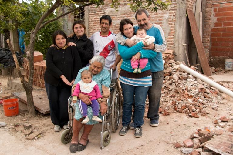ACOSTA - Isabel, Rocío, Fortunata, Brisa, Hugo, María, Estefanía, Luis (2)